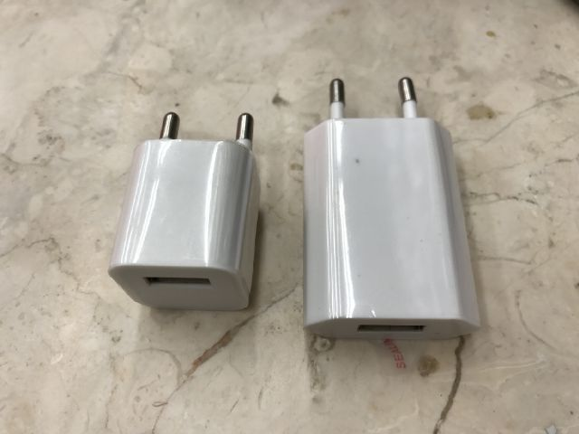 Adaptor Charger / Batok Charger