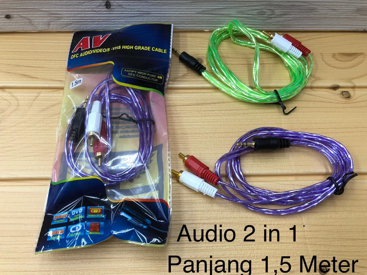 Kabel Audio 2 in 1 Panjang 1,5 Meter